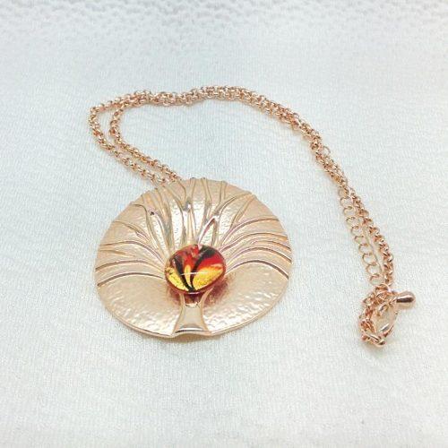 Collana con pendente rotondo in alluminio e perla in vetro di Murano