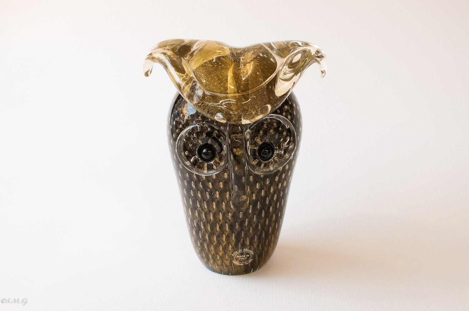 Murano Glass Black and gold Owl with bubbles inside