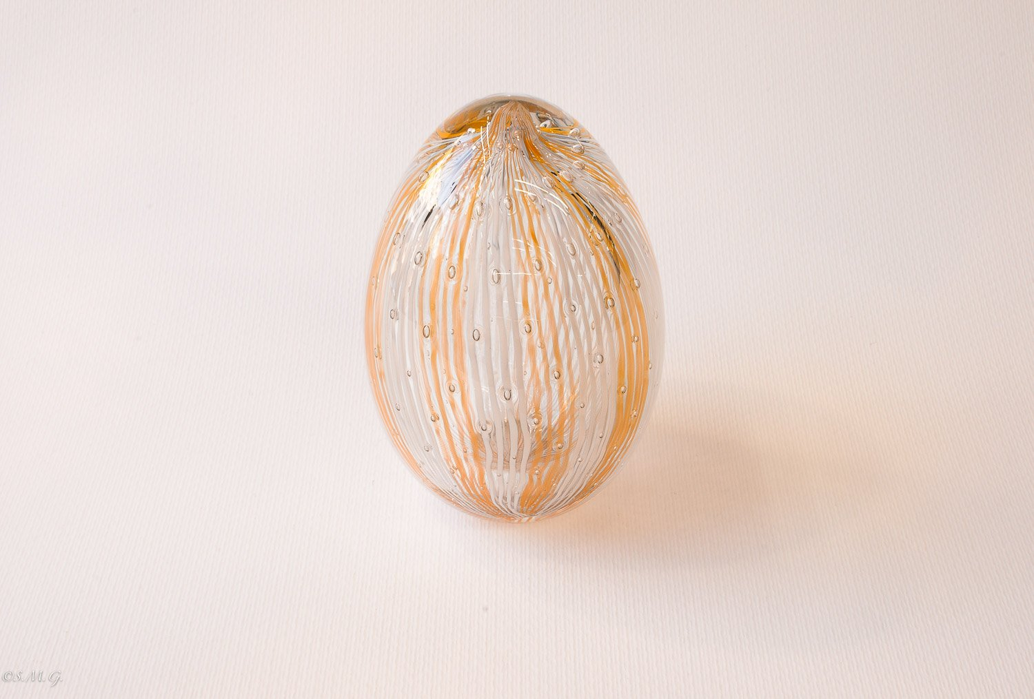 "Murano Glass white and Honey coloured egg with ""reticello"""