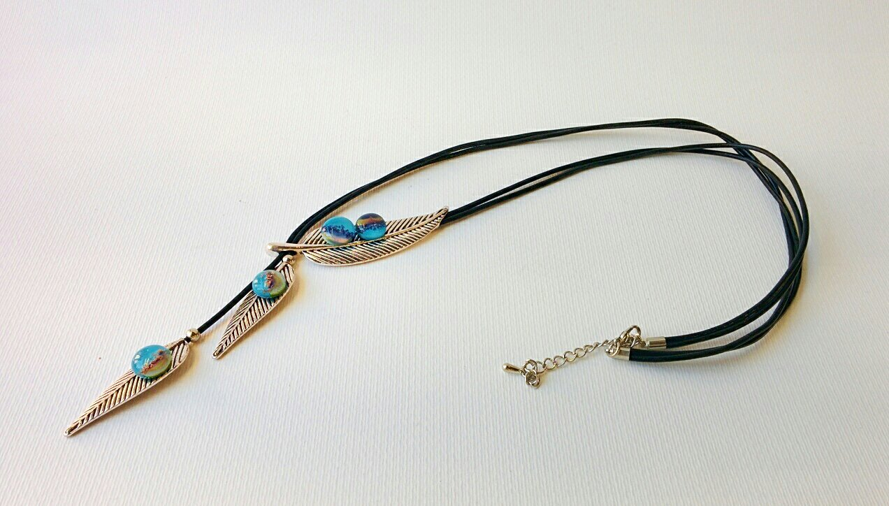 Murano Glass Long necklace with glass beads on steel leaves