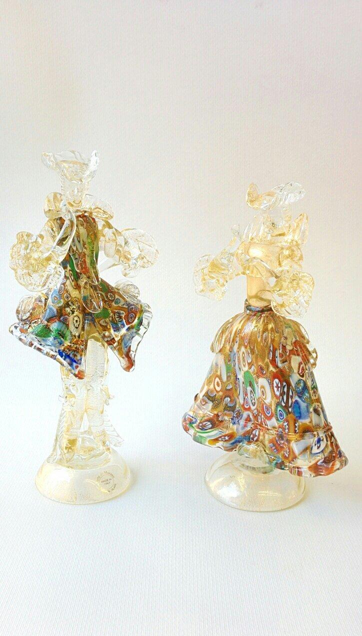 Coppia di statue in vetro di Murano con oro e murrina