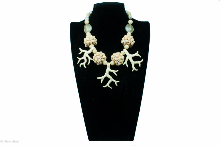 Murano glass necklace with ivory coloured beads and swaroski crystals