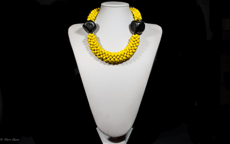 Yellow necklace with Murano Glass Beads and Swaroski Crystals