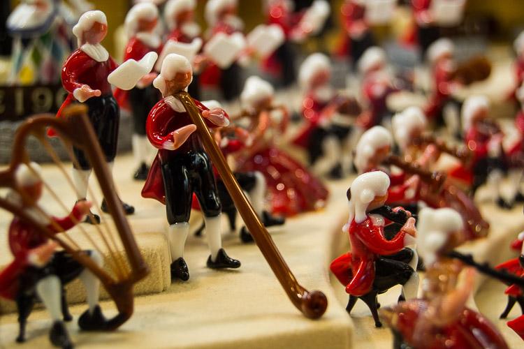 Miniatura di musicista in vetro di Murano