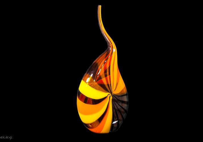 Vaso in vetro di Murano rosso giallo e nero