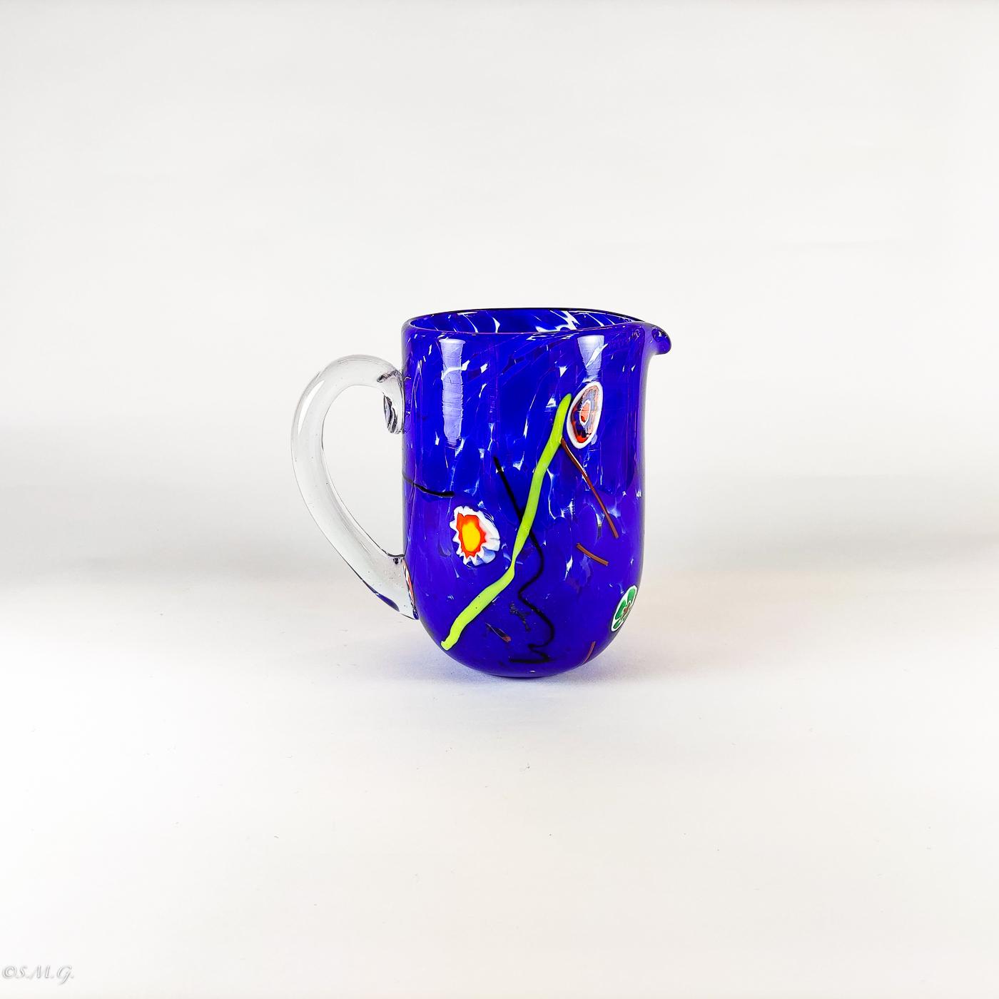Caraffa in vetro di Murano blu con murrine