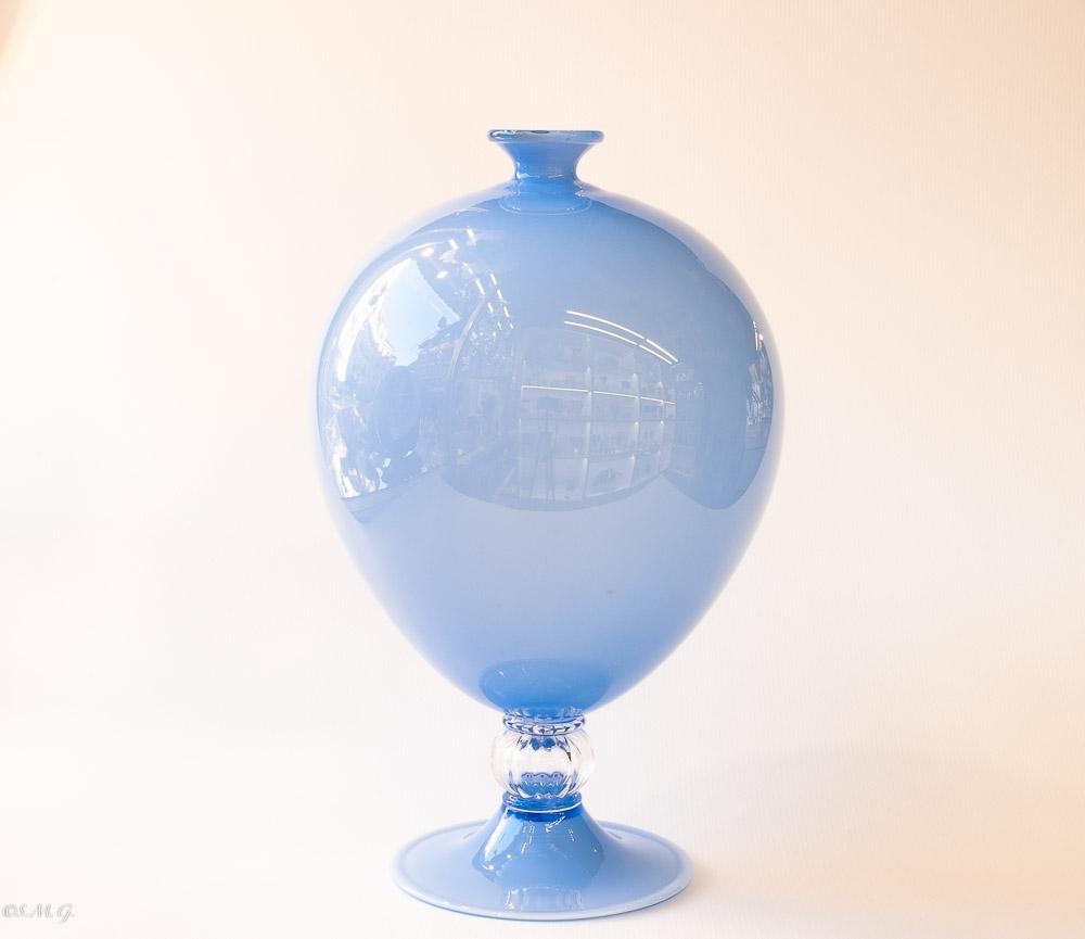 """Light blue Murano Glass vase """"Incamiciato"""""""