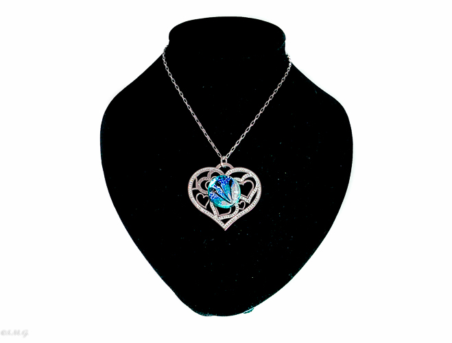 Heart shaped necklace with Murano glass bead and Crystals 002