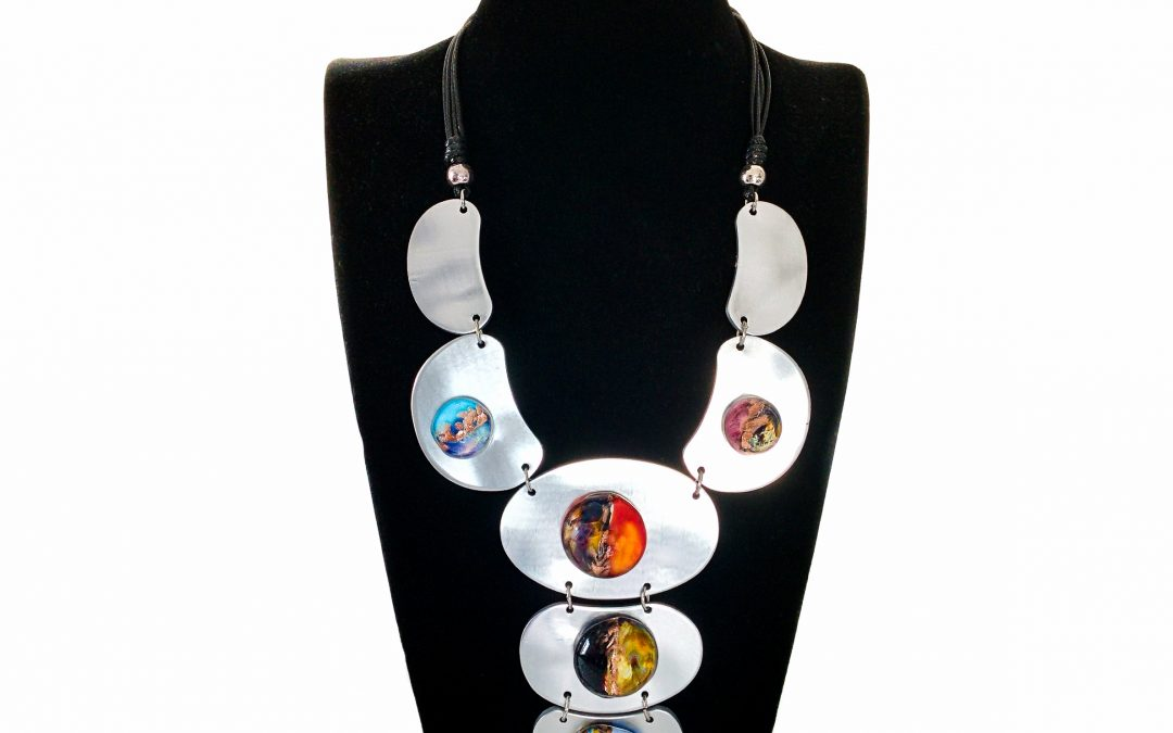 Necklace with Murano glass beads on metal plates Armour 001