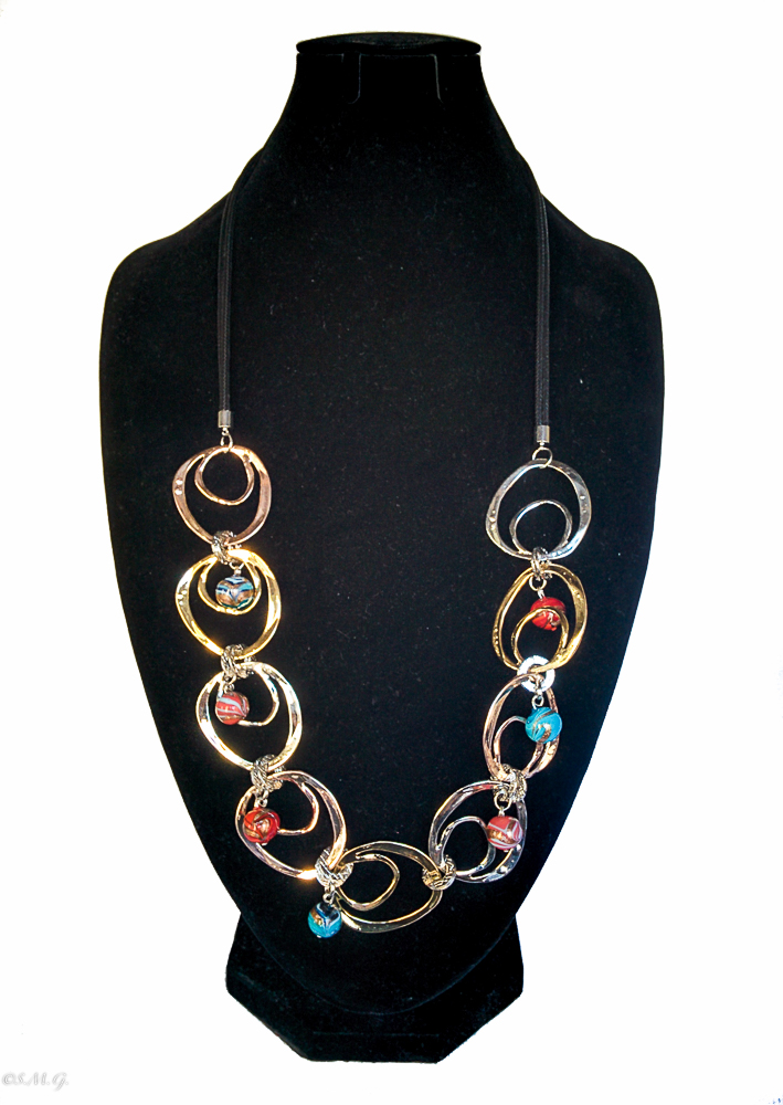 Necklace with Murano Glass beads and round discs 019
