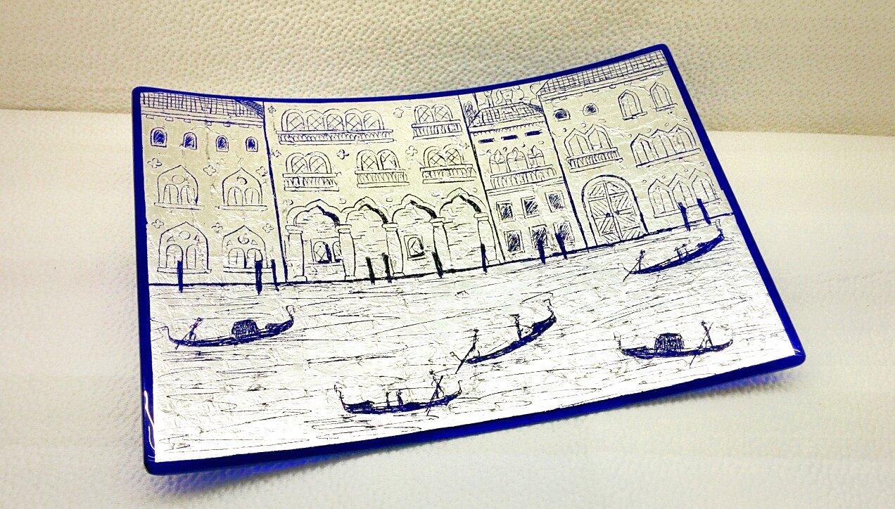 Piatto blu in vetro di Murano con foglia argento e incisioni