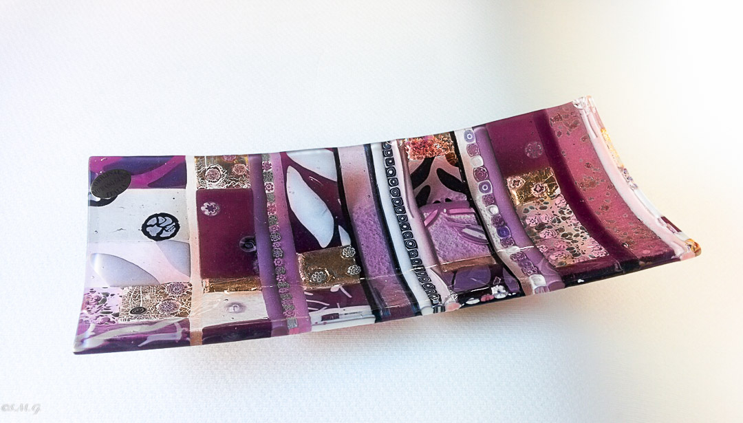 Purple rectangular plate with Murano Glass gold and Murrina