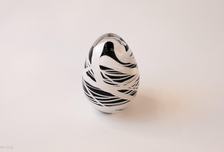 Murano Glass Black and White egg