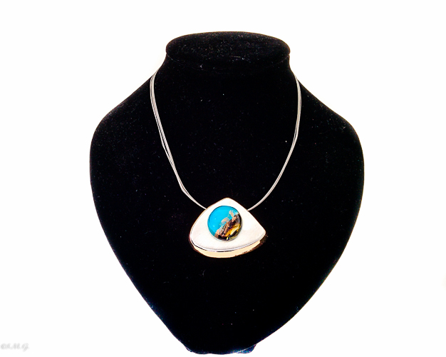 Blue Murano Glass pendant on a steel wire necklace
