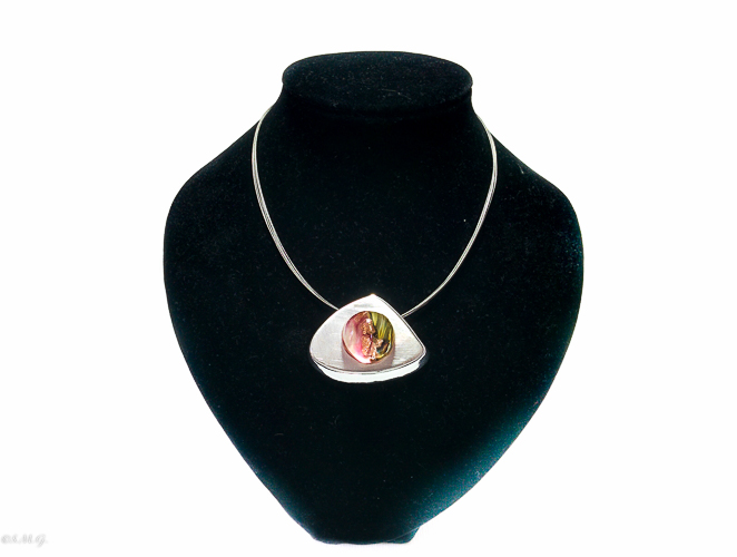 Pink murano glass pendant on a triangular steel base and a chain