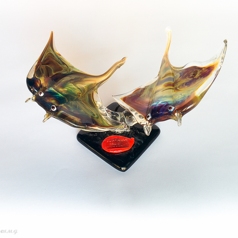 Murano Glass stingrays with calcedonio on a base