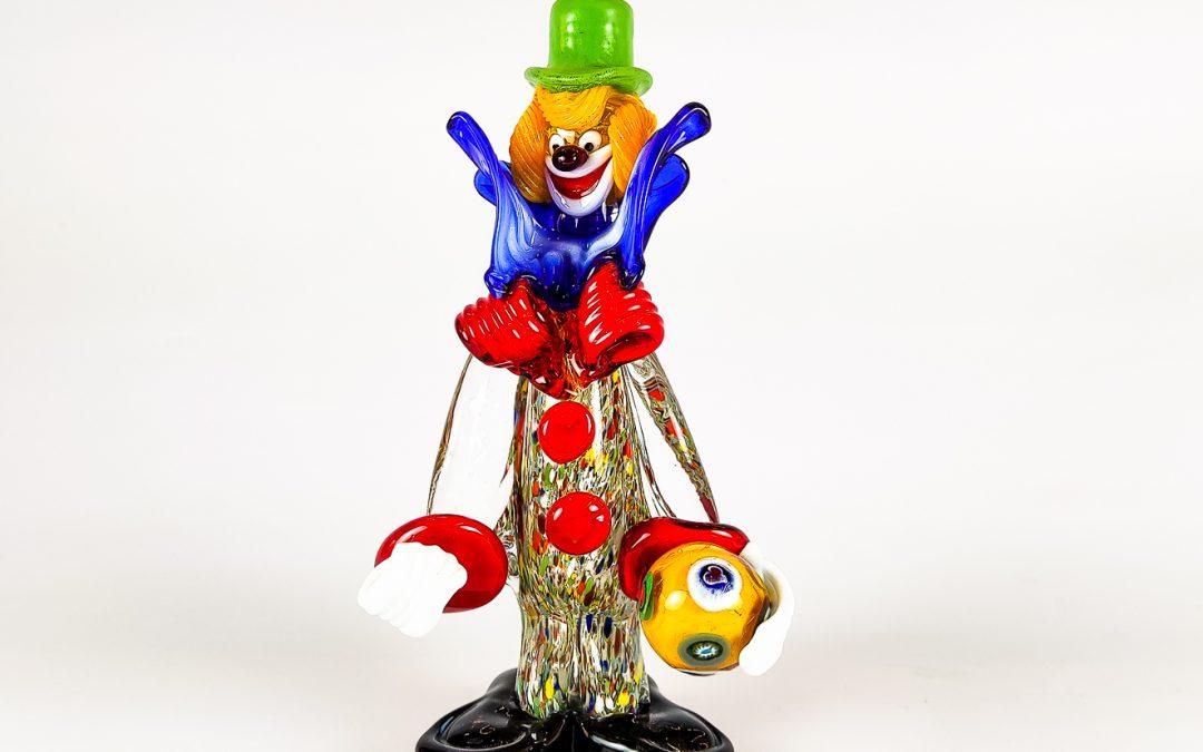 Clown in vetro di Murano piccolo con cappello verde e palla Circus08