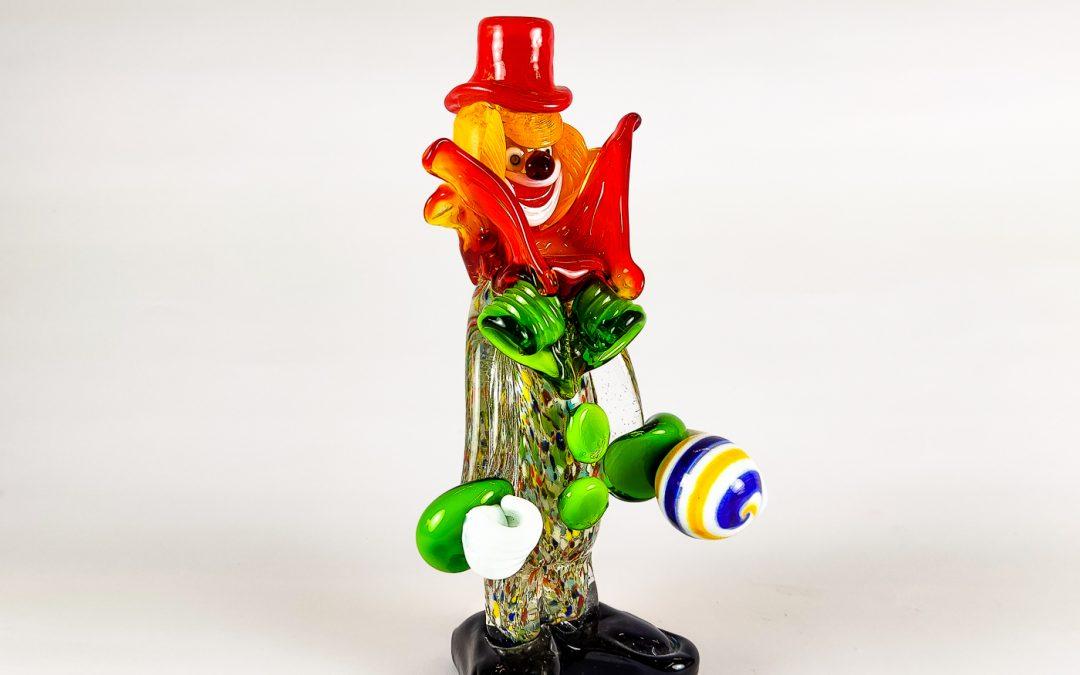 Clown in vetro di Murano piccolo con cappello rosso e palla Circus07