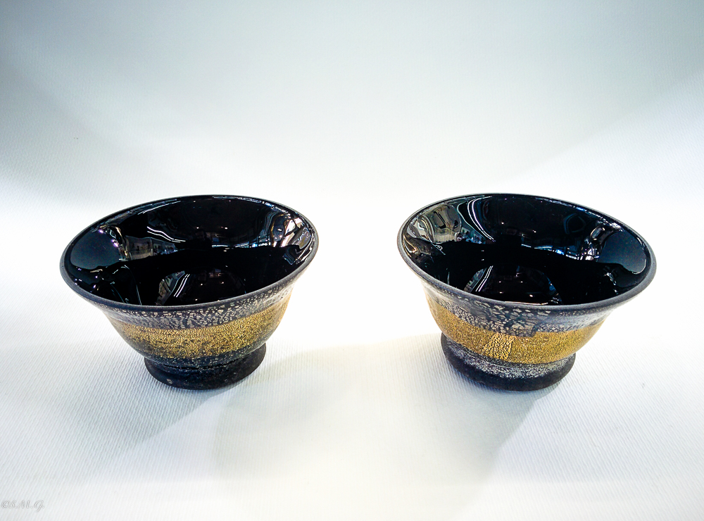 Set of 2 black Murano Glass bowls scavo collection