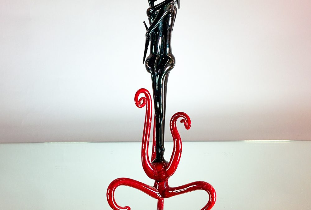 Murano Glass lovers on a red base
