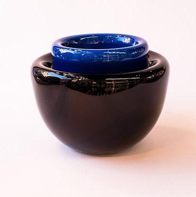 Ciotola nera e blu in vetro di murano
