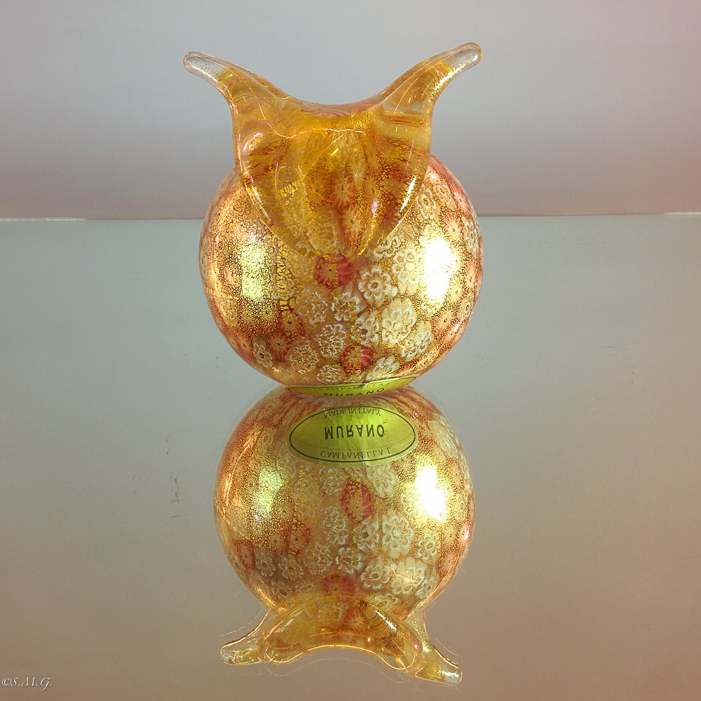 Murano Glass owl with gold and murrina