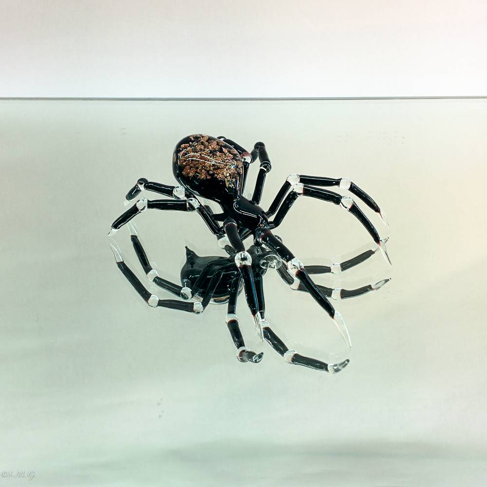 Murano Glass spider with avventurina