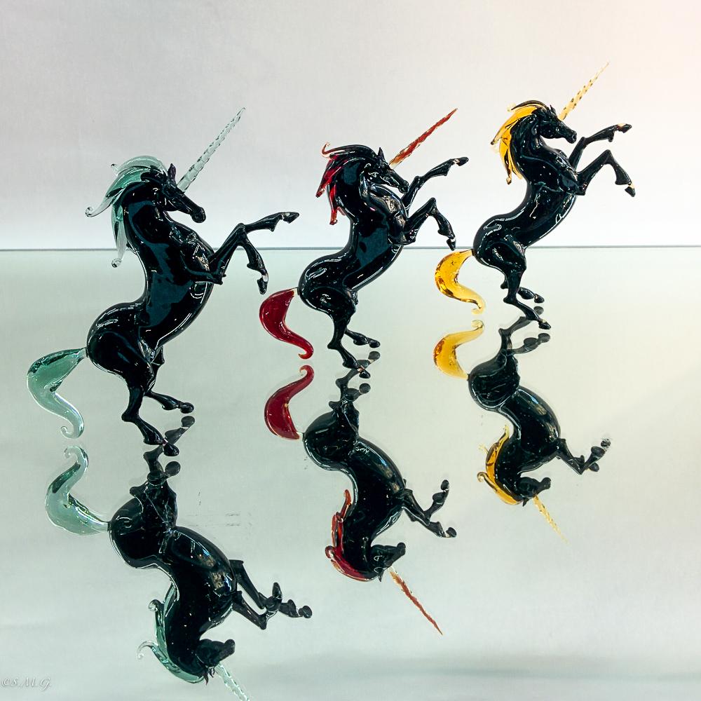 Unicorni nero in vetro di Murano