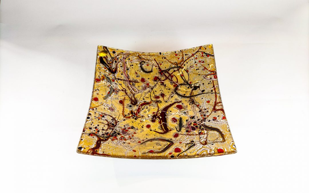 Square Murano Glass plate with gold and red swirls