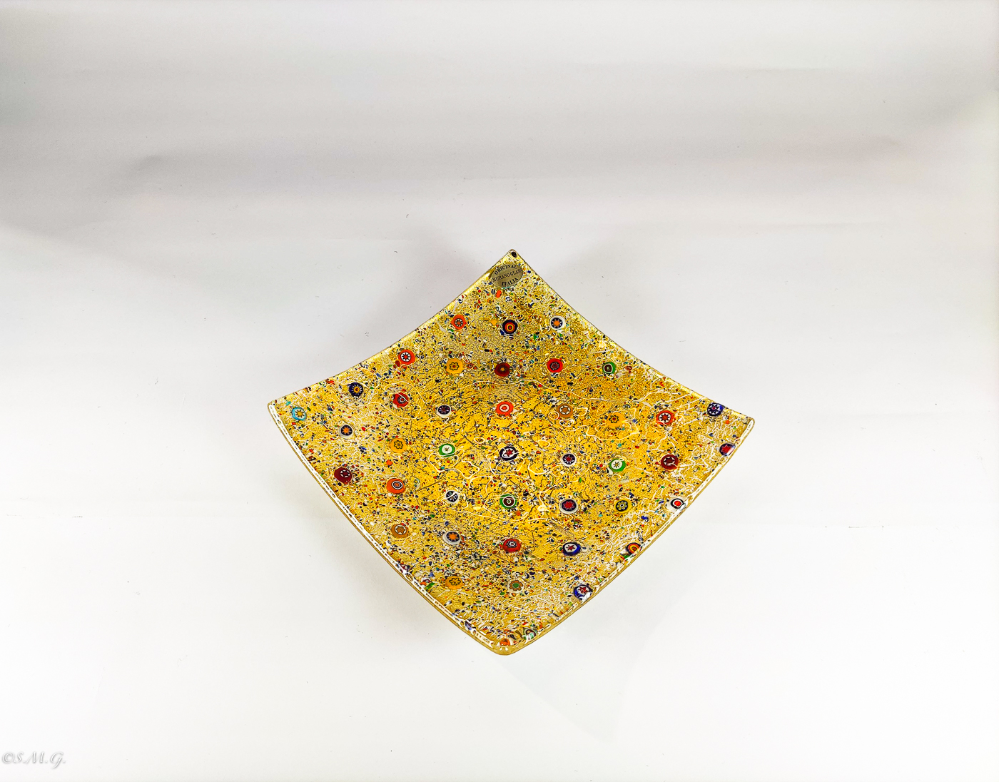 Murano Glass plate with gold and murrina inside