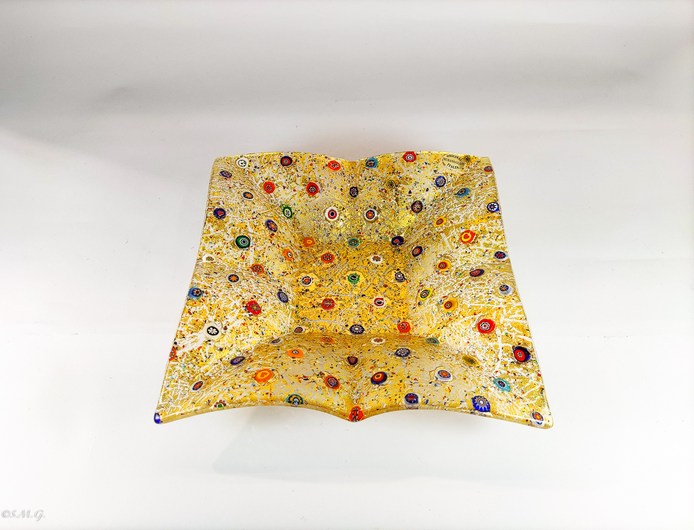 Square Murano glass plate with 24k gold and murrina