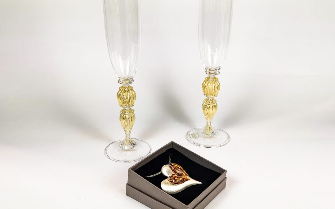 Set of 2 champagne Flutes Veronese with heart shaped pendant 04